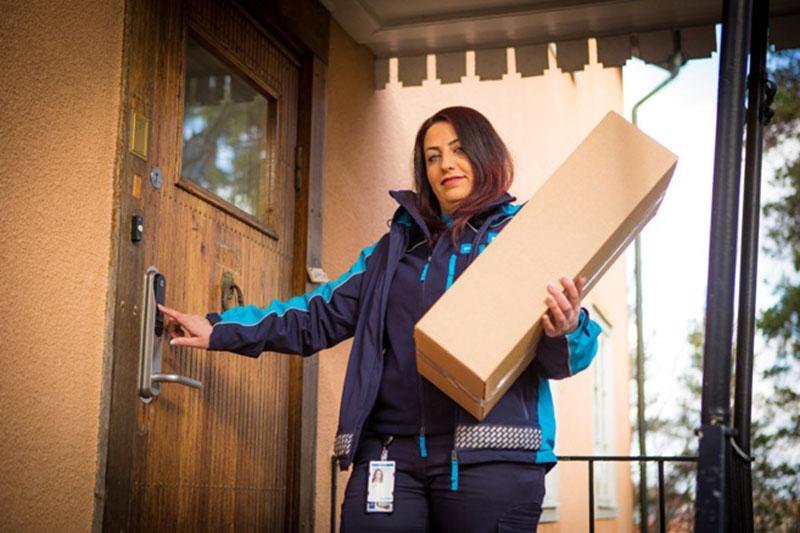 PostNord i ny storsatsning på leverans innanför dörren