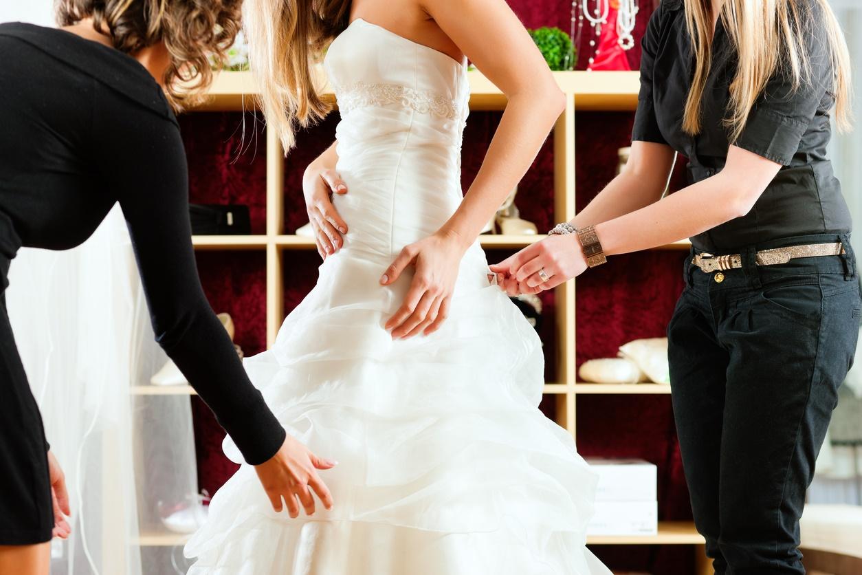 Butiksägare får nog: Inför avgift för att prova kläder
