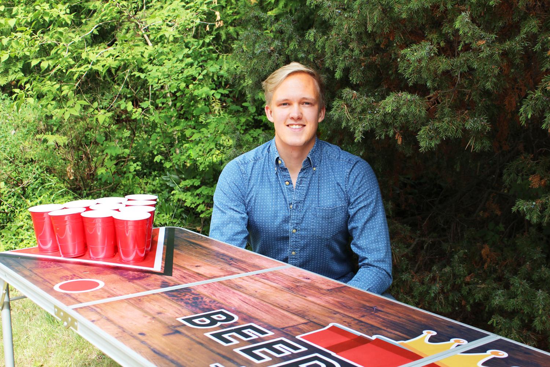 Nischade Beerpongkungen går mot 400 000 kronor i år