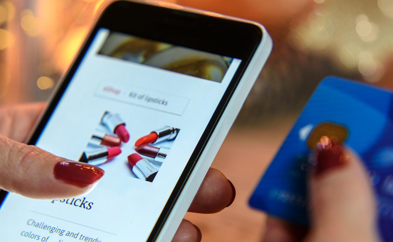 Mobilboom inom skönhet - 54% av intäkterna i telefonen
