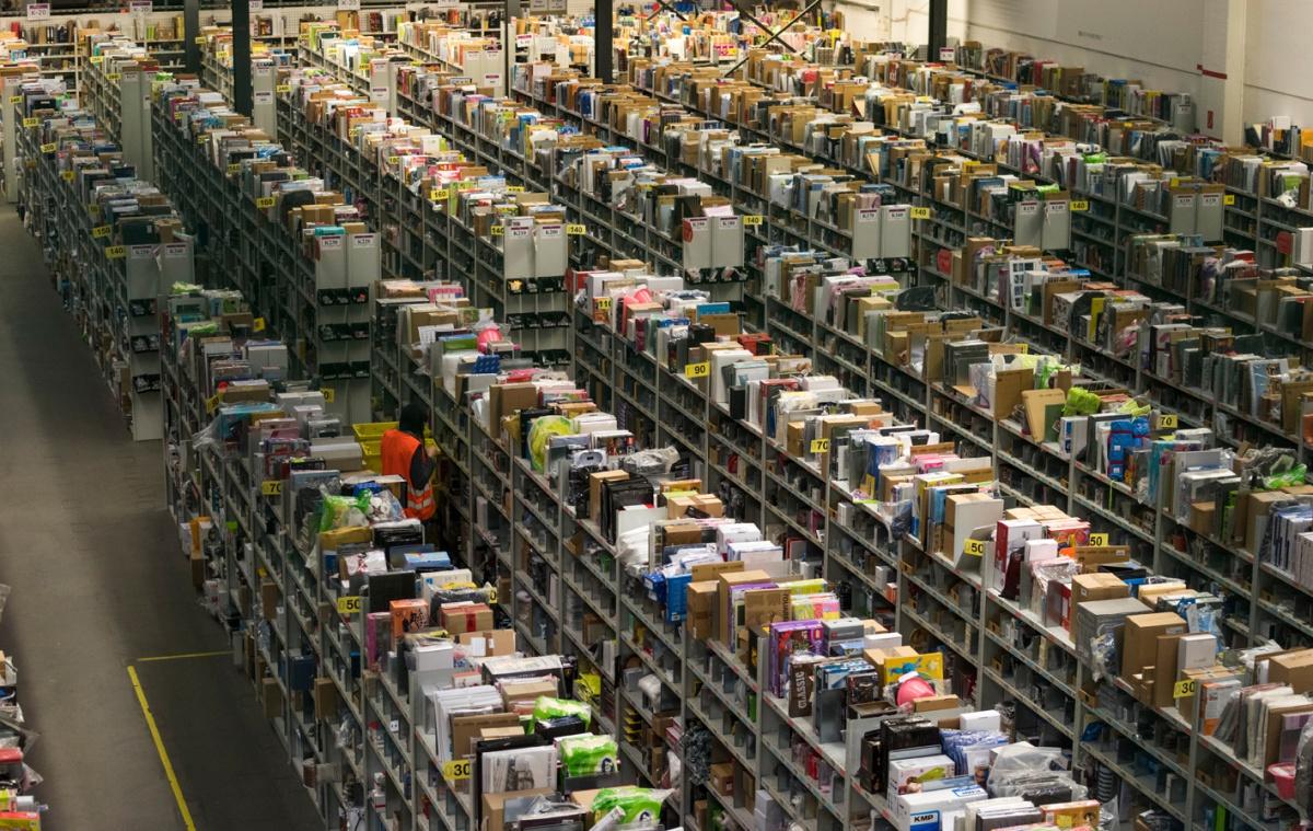 Amazon-anställda hotar med strejk på Black Friday
