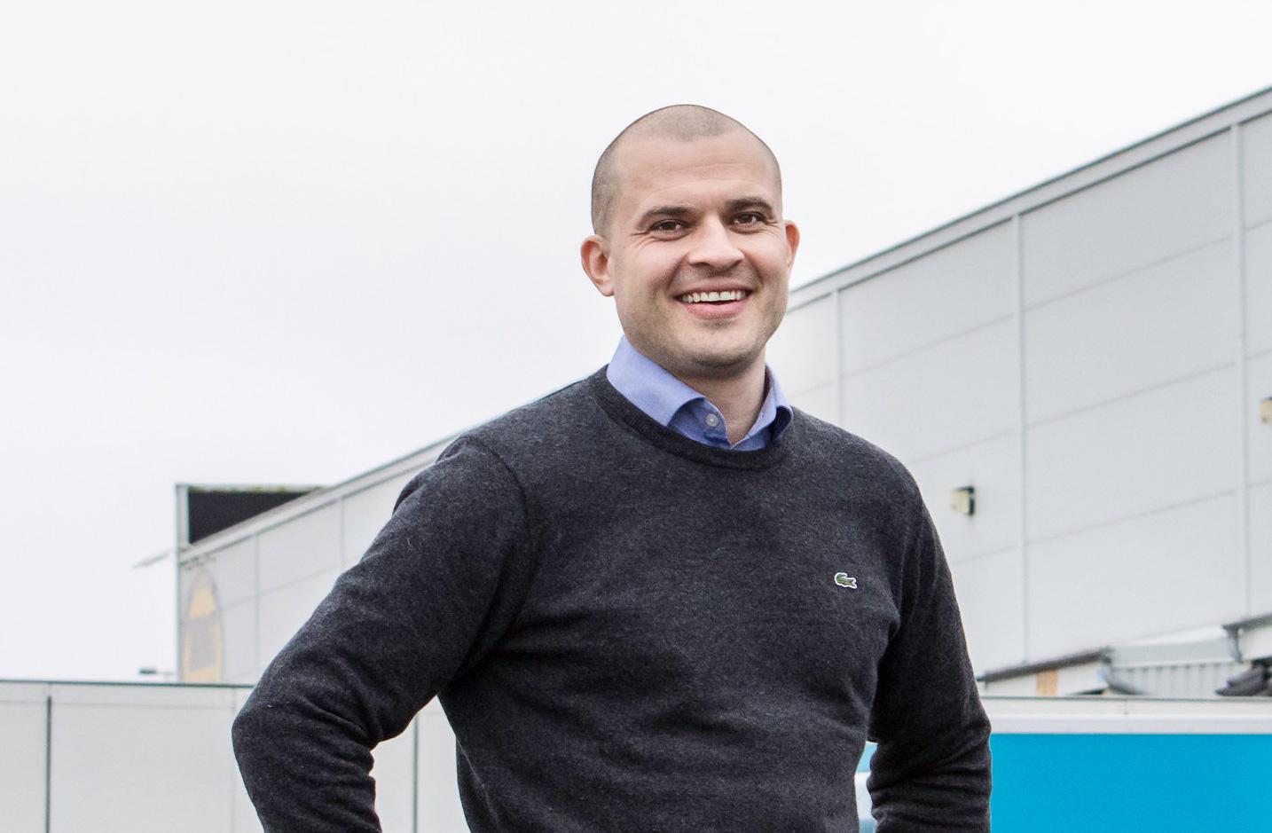 Global logistikjätte öppnar sitt första logistikcenter i Sverige