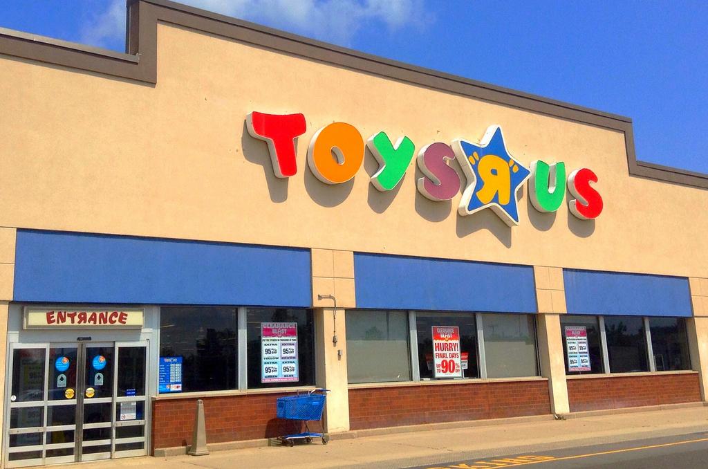 Toys R Us nekar till bud på 900 miljoner dollar