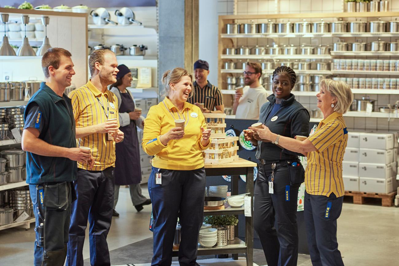 700 kan få gå när Ikea ställer om till e-handel