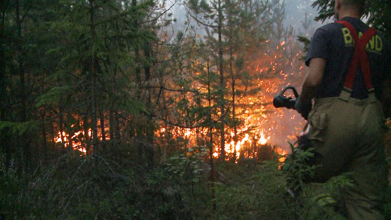 Brandkaoset fortsätter - Jula nästa e-handlare att rycka in