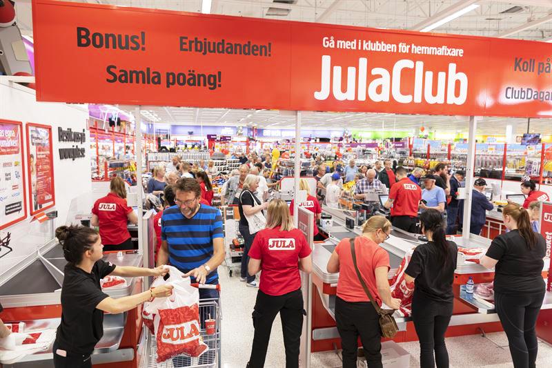 Succé för Julas e-handel - ökade med 132 procent i juni