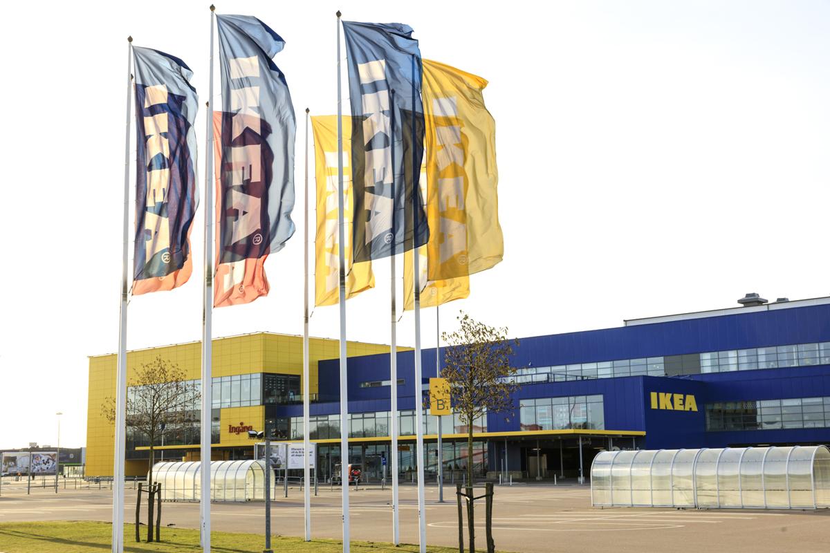 IKEAställer om till e-handel - varslar 650 personer i Sverige