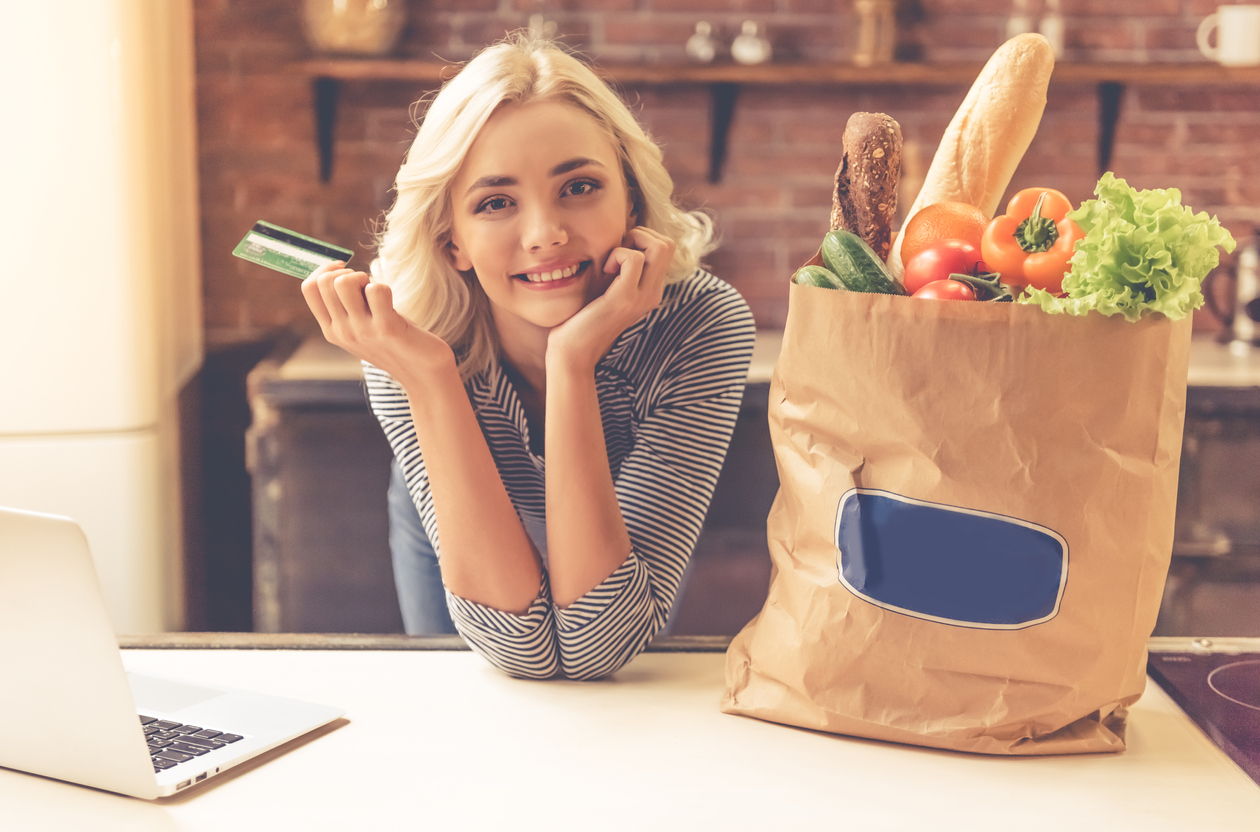 En av fem britter handlar all sin mat online