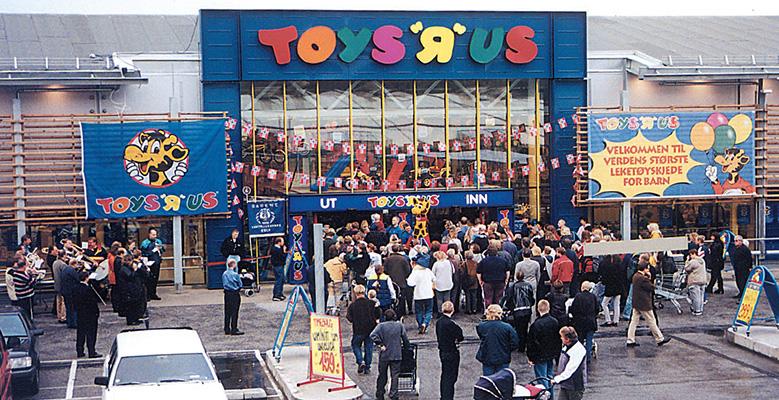 Nu börjar utförsäljningen av Toys R Us i Sverige