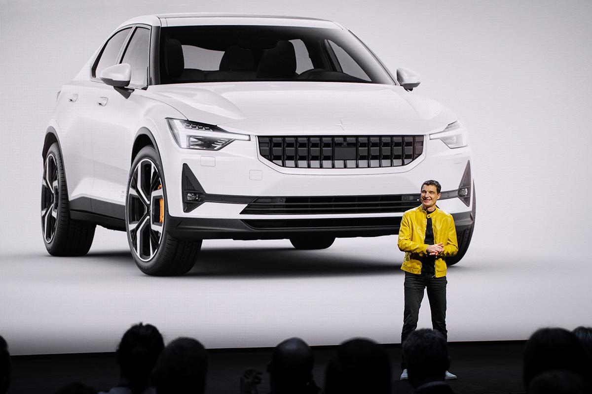 Svenska Tesla-konkurrentens bil köps i mobiltelefonen