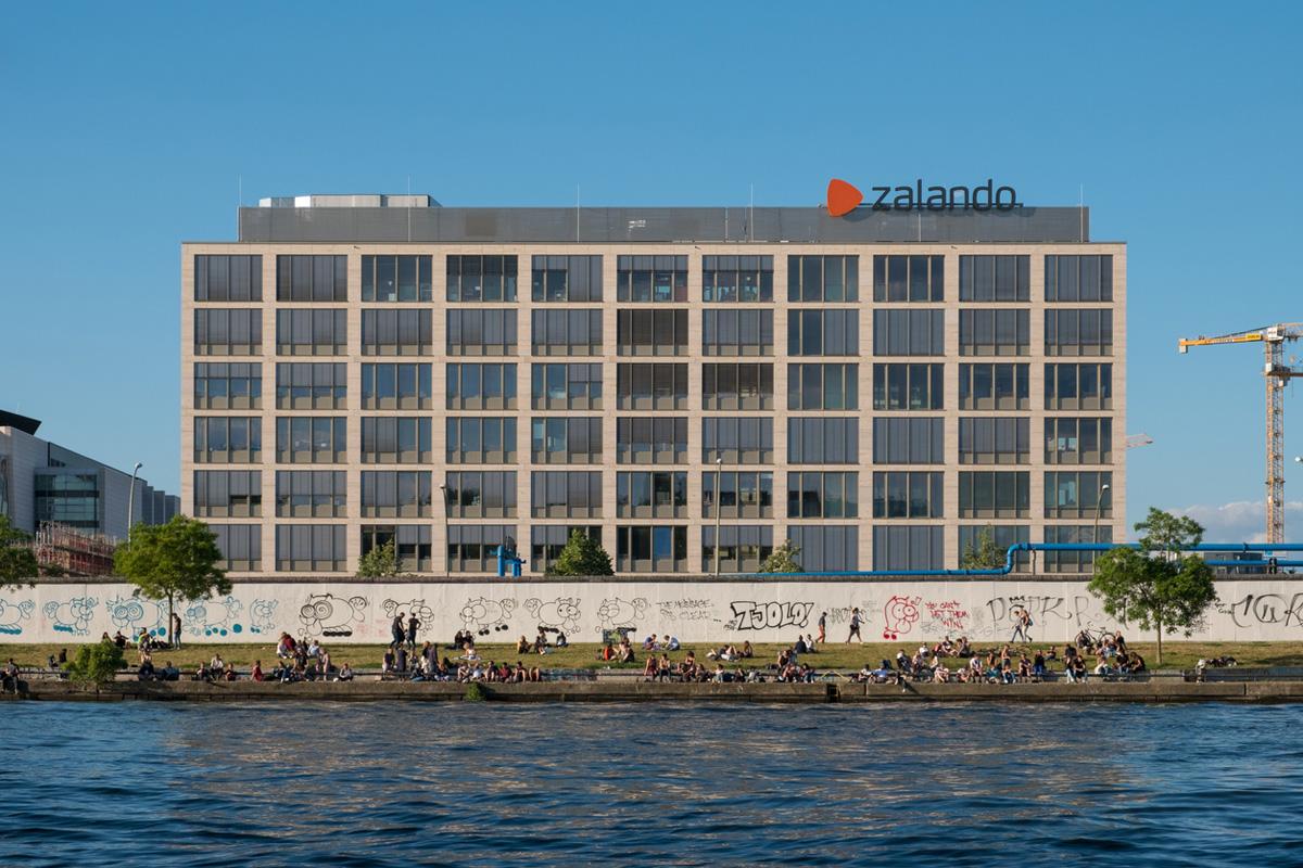 Zalando börjar ta betalt för frakten i tre länder till