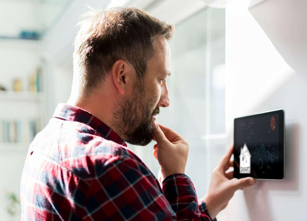 Rusning efter smartare hem - nätaktör slår 75 miljoner