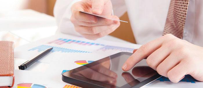 Betallösningar för E-handel utmanar Bankerna