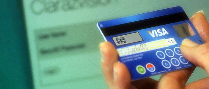 Svenskar korthandlade för 500 miljarder under 2013
