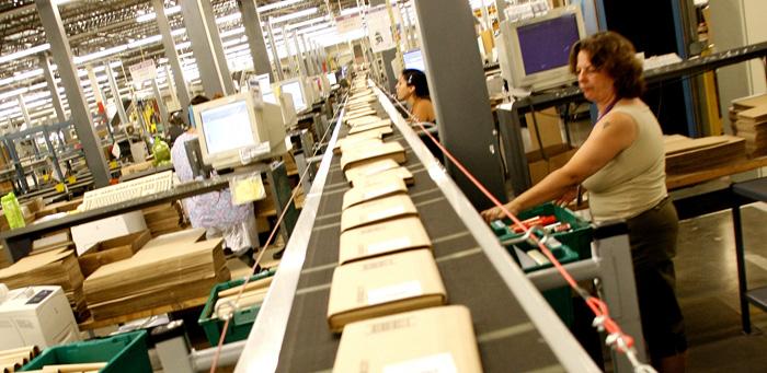 Amazon plockar in 2 500 nya lagerarbetare i USA