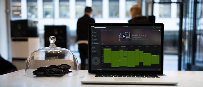 Nu kan svenska företag streama Spotify lagligt
