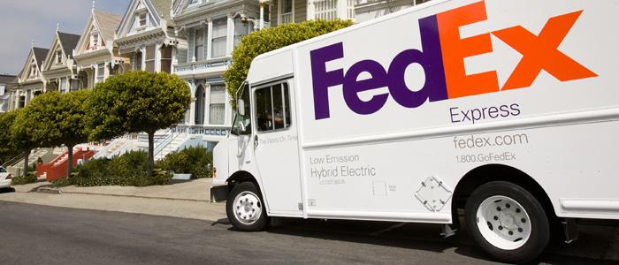 FedEx levererar tack vare E-handelns starka tillväxt