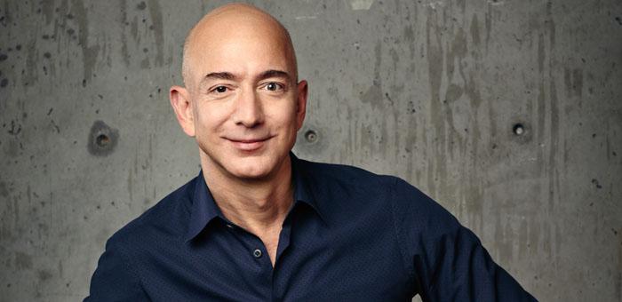 Jeff Bezos lurar på en ny version av Fire Phone