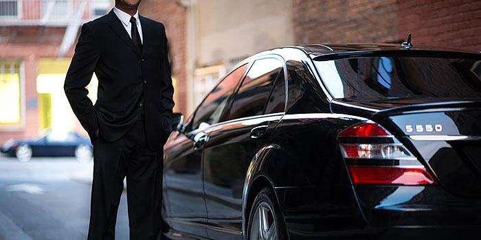 Uber fortsätter att flörta med E-handelsleveranser