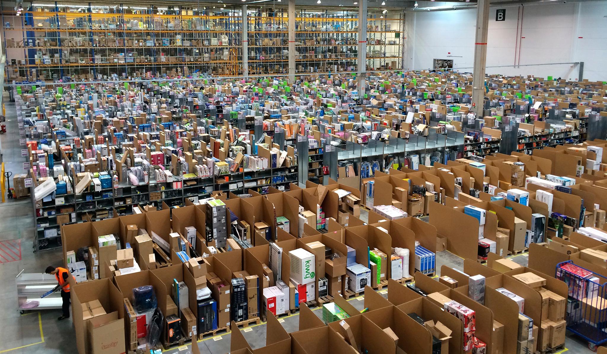 Amazon slår upp sju nya distributionscentraler i Indien