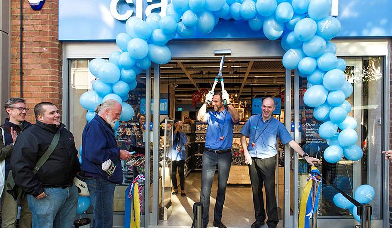 Clas Ohlson har öppnat sin första omnibutik i London