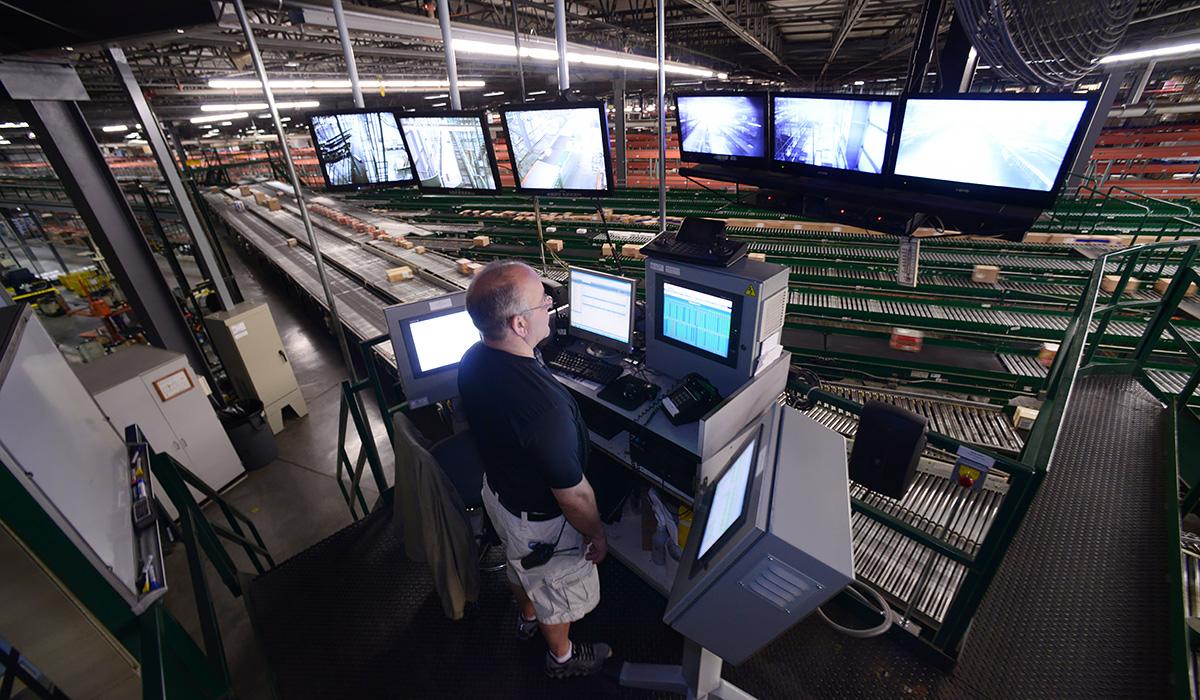 2 miljarder dollar på två år när Walmart rustar upp e-handeln