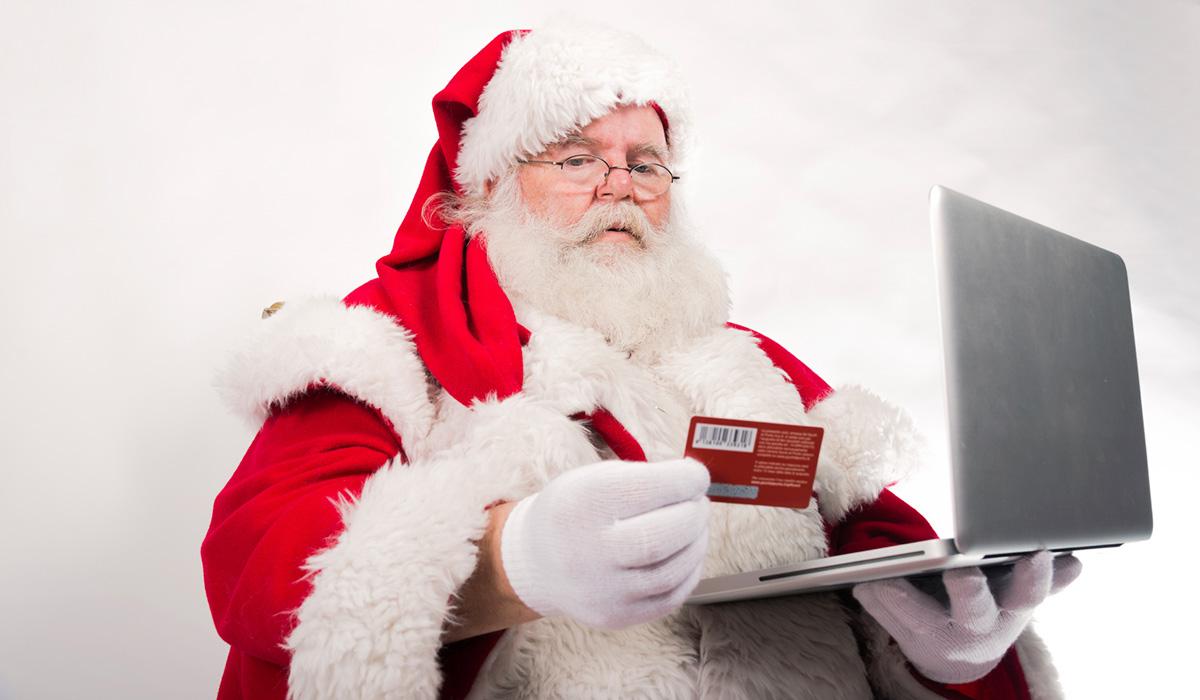 Julhandeln på nätet på väg att gå om traditionell handel