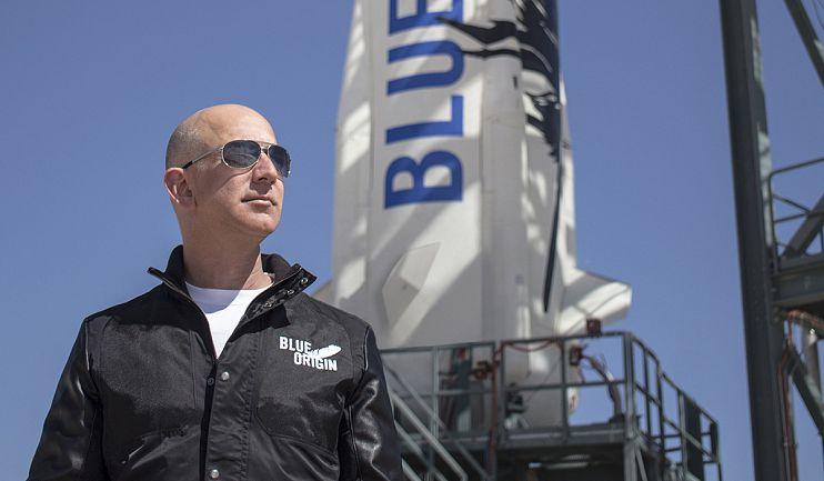 Jeff Bezos är nu världens fjärde rikaste människa