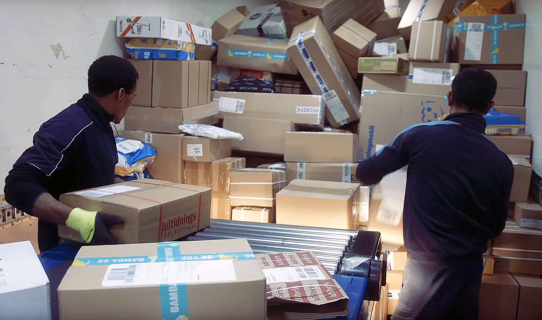 PostNord levererar nytt paketrekord under julhandeln