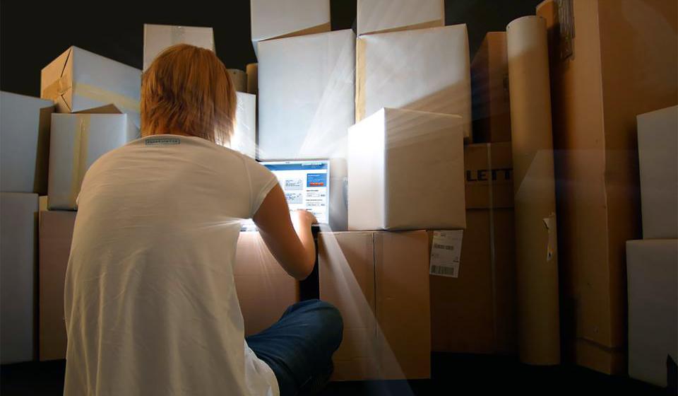 Fraktjakt trycker in både frakt och emballage i ny e-handel