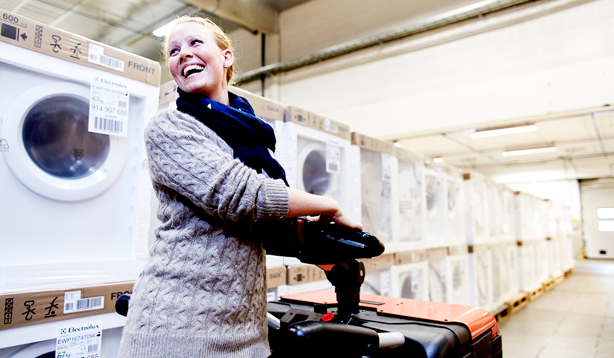 Komplett börjar sälja vitvaror i Sverige