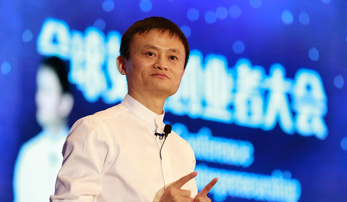 Alibabas årliga försäljning toppade hela USA:s e-handel