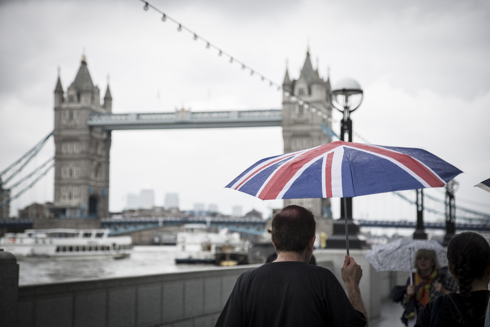 E-handeln trotsar Brexit med stark tillväxt