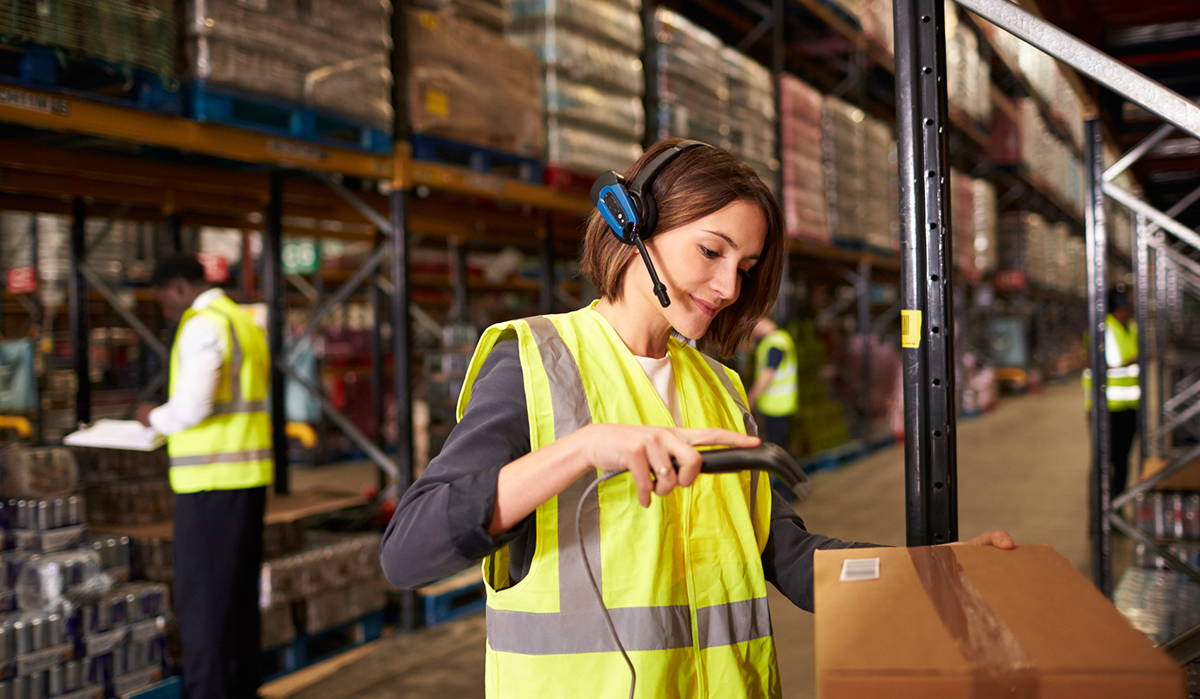 E-handeln ökar efterfrågan på stora och centrala lager