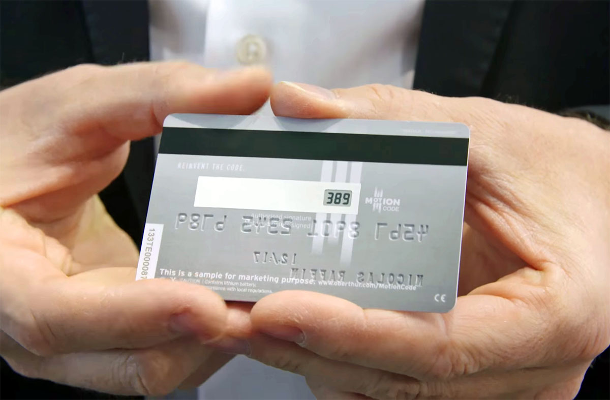 Kreditkort med digital skärm ska minska nätbedrägerierna
