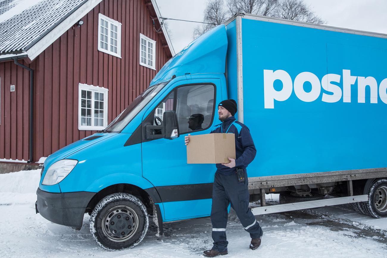 PostNord kastade paket - pudlar efter viral kritik