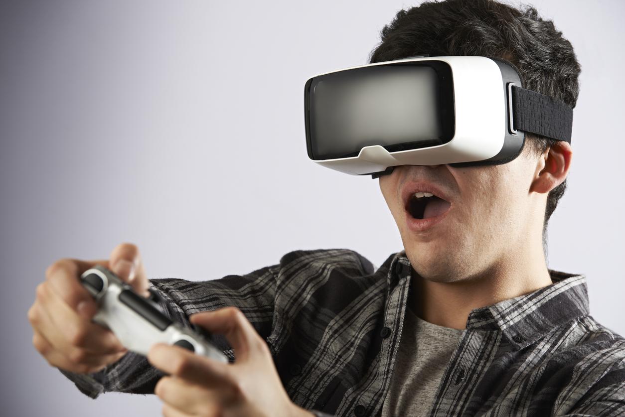 E-handlarna hade rätt - VR-glasögonen årets julklapp