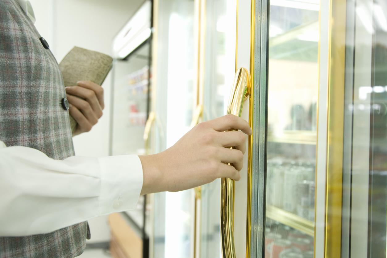 Obemannad butik stängd - stölder för 50 000 kronor