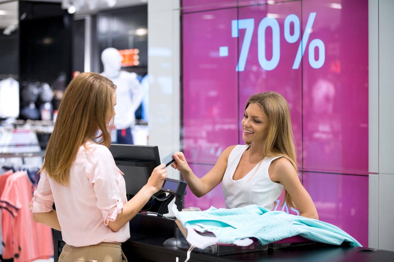 E-handeln ökar kraftigt - över 40 000 butiksjobb försvinner