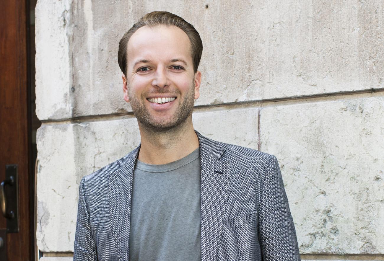 Daniel Larsson tar över och DIBS satsar på e-kassa?